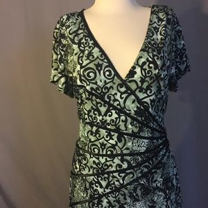 NEW Green and Black Short Sleeve Dress 16